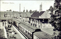 Passenger train at Melksham Station, circa 1920 1.0